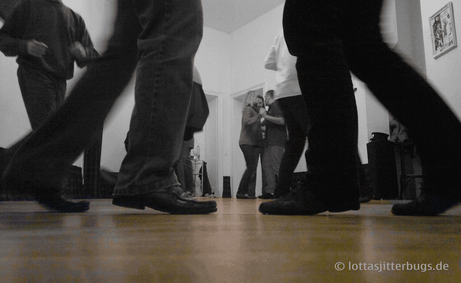 Balboa-Basics_LottasJitterbugs-2013-01